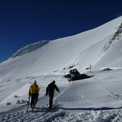 Tignes' Grande Motte Glacier preparing to open Oct. 2013 - ©Service des pistes de Tignes