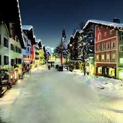 Colourful and cute: Kitzbuehel town centre, Austria - ©Markus Mitterer