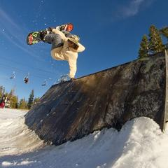 Skiers and riders taking advantage of early season at Boreal. R: Armeen Pirooz