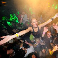 Party steht bei den Winter-Openings ganz oben auf der To-Do-Liste - ©Jasná Nízke Tatry FB