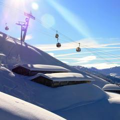 Preiswerte Pistenfreuden: Neun heiße Spartipps zum Einschwingen im Schnee - ©Stephan Bannach