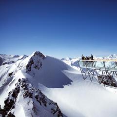 Lákavé jarní lyžování na tyrolských ledovcích zpestří řada akcí - ©Soelden Tourismus