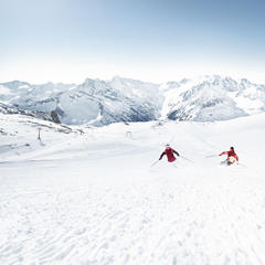 Lyžovačka na Tuxe - © Zillertaler Gletscherbahn
