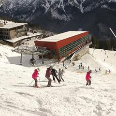 Ďalšia slnečná lyžovačka v Jasnej - sobota 13.12.2014 - © TMR, a.s.