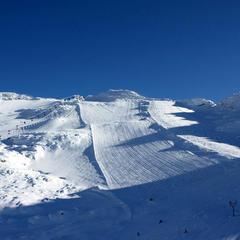Strahlender Sonnenschein und ein grandioser Blick auf den Mölltaler Gletscher - was will der Skifahrer mehr? - ©Skiinfo.de