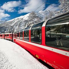 Vlakom na lyžovačku - ©Valais, Switzerland