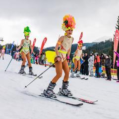 Jasná Bikini Skiing 2017 na fotkách - ©TMR