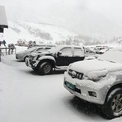 Det kom et etterlengtet snøfall i Eikedalen skisenter søndag. - © Eikedalen Skisenter