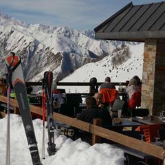 restaurant d'altitude Guzet - © Alex Gosteli