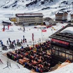 Jarní lyžování v St. Anton am Arlberg - © Tomasz Wojciechowski / Skiinfo