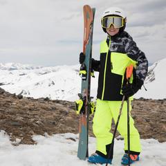 Comment choisir un vêtement de ski pour enfant ? - ©Spyder