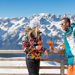 Ceny v horských chatách a restauracích přímo na svazích jsou obvykle dost vysoké - © Ph. Hollywood