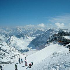 Der Pitztaler Gletscher: Pistenspaß auf 3.440m Höhe - ©Markus Hahn