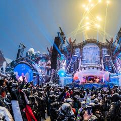Best music festivals above the clouds - ©Tomorrowland Winter/Alpe d'Huez