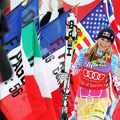 Die strahlende Siegerin Lindseys Vonn - © Christophe PALLOT/AGENCE ZOOM