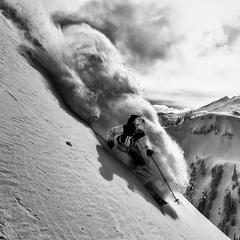 Adam Ü im Backcountry des Mount Baker - ©Grant Gunderson