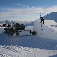 Snowparks: Behind the scenes - ©Stubai