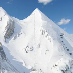 TOP 10 najstrmších zjazdoviek v Alpách: Lyžovačka v čiernych farbách! - ©Obertauern Tourismus