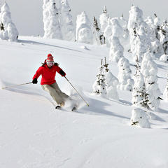 A skier dodges snow ghosts at Sun Peaks. Photo by Paul Morrison, courtesy of Tourism Sun Peaks. - ©Paul Morrison/Sun Peaks Resort
