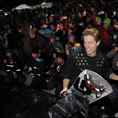Shaun White won his sixth straight snowboard superpipe gold medal. - ©ESPN