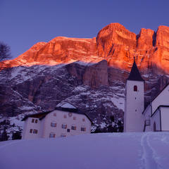k glow of the Dolomites at sunset in Alta Badia