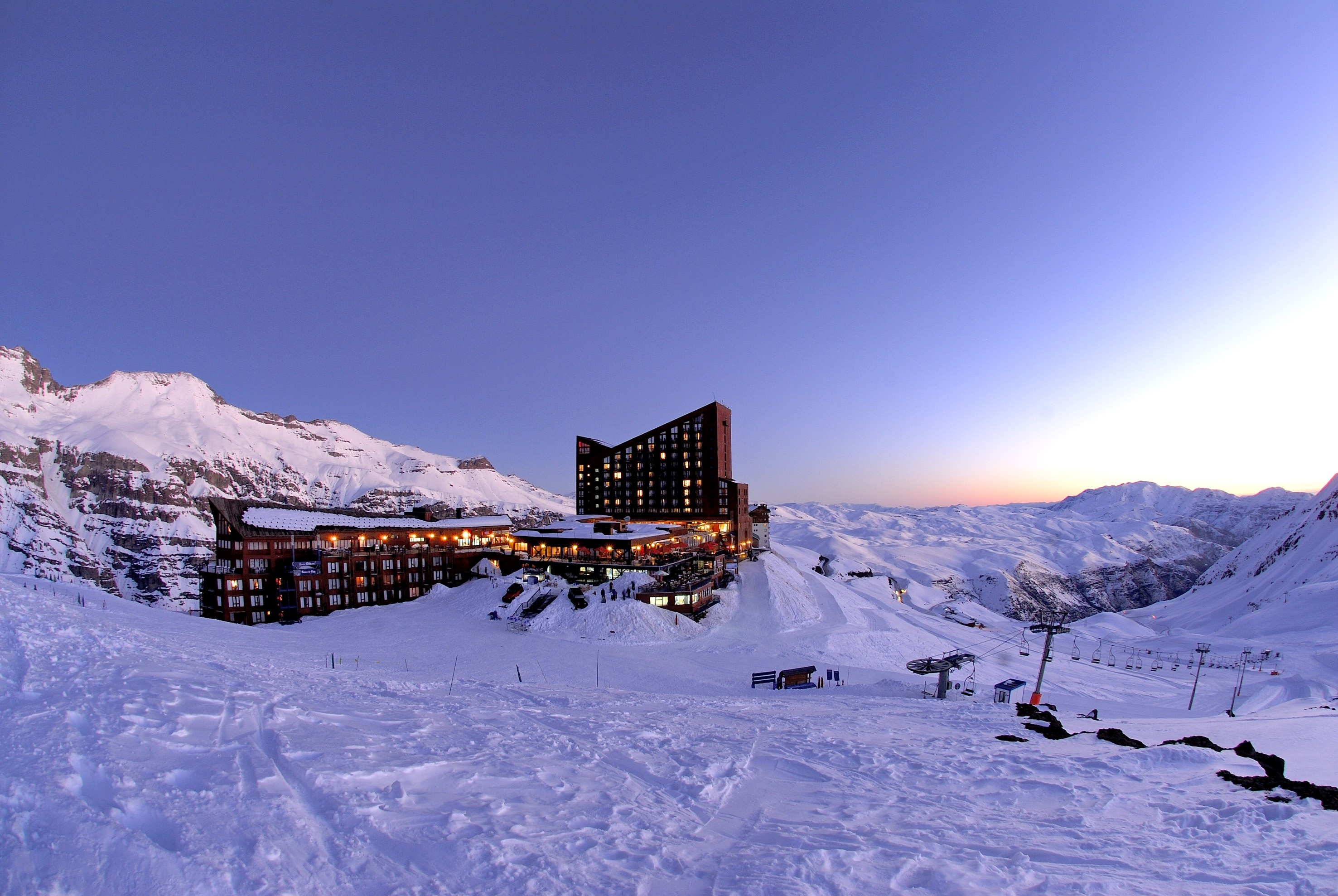 Valle Nevado Resort  CHI scenic